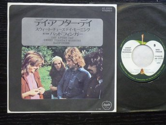 BADFINGER - Day after day  Apple Japan -72