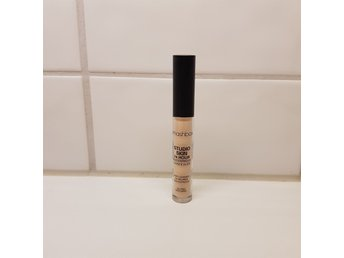 Smashbox studio skin 24 hour waterproof concealer nyskick
