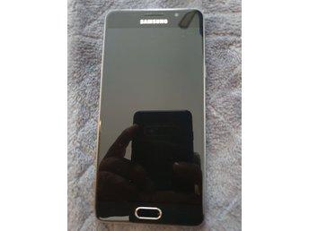 Samsung galaxy A5 2016 modell olåst i fint skick frifrakt