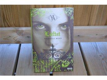 Löftet - Richelle Mead (Bok #4 i Vampire Academy) 2008 Svenska Nyskick - Vännäs - Löftet - Richelle Mead (Bok #4 i Vampire Academy) 2008 Svenska Nyskick - Vännäs
