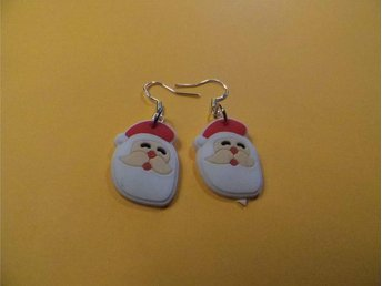 Jultomten örhängen / Santa Claus earrings