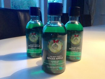 The Body Shop Spiced Apple Shower Gel 3 st á 250 ml * Äkta * NY * Duschkräm
