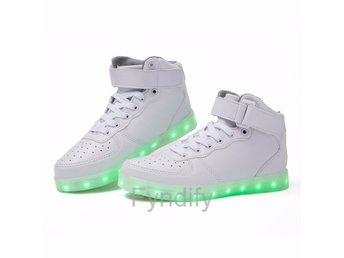 Sneakers Med LED-Ljus Vit EUR: 36.5