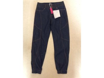 Snygg jeans 38