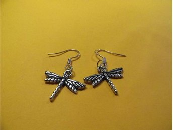 Trollslända örhängen / Dragonfly earrings