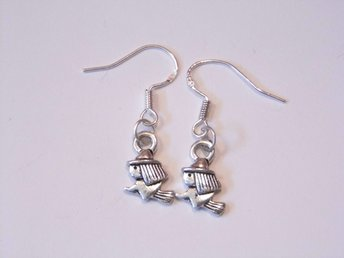 Häxa örhängen / Witch earrings