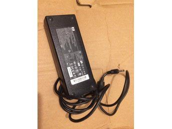 HP Laddare PPP016L 120W 18,5V 6.5A ORIGINAL !!! - Malmö - Säljer en bra och fin HP laddare 18,5V 6,5A 120W modelnr: PPP016LPA-1121-02H i bra skick och fulllfungerande! Slumpar bort denna jätte billigt... Passer till de flesta HP Bärbare... Volt 18,5V Ampere 6,5A Watt120W PASSER FÖLJANDE MODELLER : S - Malmö