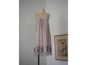 Vintage flapper klänning, pärlbroderad klänning 20 tal