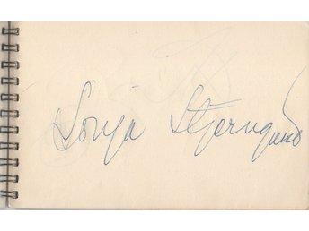 Javascript är inaktiverat. - Aarhus V - Flot autografsamling sælges. Se også mine andre auktioner med autografer fra den SAMME autografbog. Alle autograferne er skrevet i nærheden af Helsingborg mellem ca. 1965 (tredje side i bogen) til 1967 (sidste side). Siden er fjernet uden at - Aarhus V