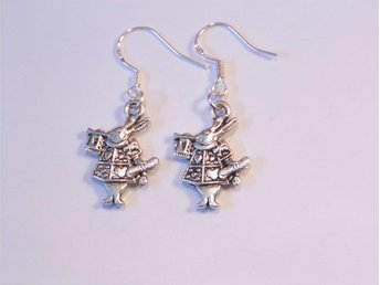 Kanin örhängen / Rabbit earrings