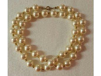 Vintage retro bijouteri smycke pärlhalsband kortare med små guldpärlor  mellan c6d947a8fa62a
