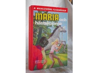 Javascript är inaktiverat. - Mora - Maria och hästskojarna . Marie Louise Rudolfsson . . . Wahlströms Flickböcker nr 1645 , tryckt 1972 . namn överstruket på insidan .bra skick. se bild . Betalningsuppgifter finns i vinnarmailet från Tradera. Skickar till den adress köparen an - Mora
