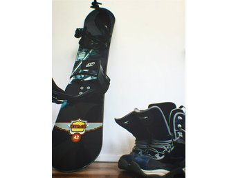 Snowboard n' Boots, Crazy Creek | Ultimate Snowboard, and Salamon Synapse, EUR42