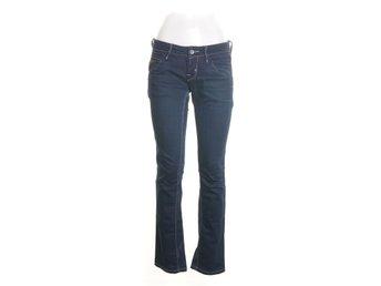 e57db02197bf Fornarina mörkblå jeans storlek 27 dam tjej (345859569) ᐈ Köp på ...