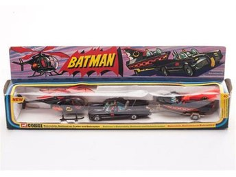 Corgi Toys Batman Gift Set 40 Batmobile Batboat Batcopter in originell BOX rare!