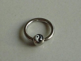 Captive Bead Ring - YingYang - Modell 5608