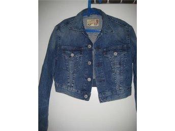 Levis jeansjacka i kortare modell st small - Solna - Levis jeansjacka i kortare modell st small - Solna