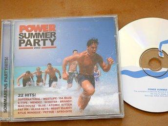 Javascript är inaktiverat. - Nynäshamn - Power Summer Party 2002 CDSupernatural, Westlife, Mad'House,Da Buzz,Fat Joe,Blue,Atomic Kitten,Mendez,DJ Sammy,E-Type,Scooter,Missy Elliott,Tweet,Brandy,Alcazar,Kylie,Afro-dite,Gigi D'gostino,Lasgo,Fattaru,Petter,Alicia KeysJag samfraktar gä - Nynäshamn