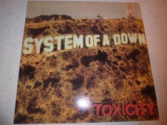 System of a down - Toxicity - LP - Röd vinyl - Karlstad - System of a down - Toxicity - LP - Röd vinyl - Karlstad