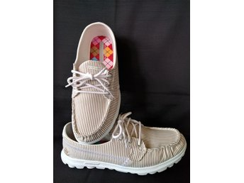 "SKECHERS  ""On the Go""  Textil sko Sneakers storlek 39"