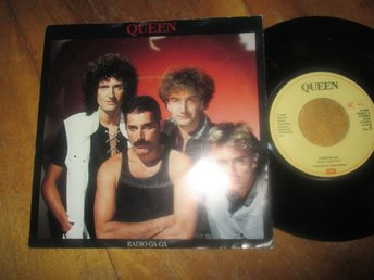 "Queen ""Radio Ga Ga /I Go Crazy"""