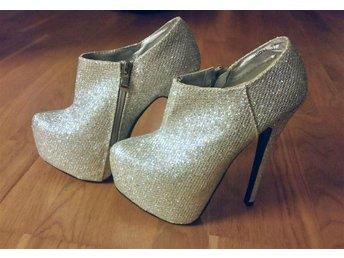Glittriga klackar från Belle Shoes i storlek 37 - Vällingby - Glittriga klackar från Belle Shoes i storlek 37 - Vällingby