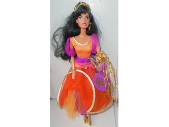 Esmeralda, Barbie
