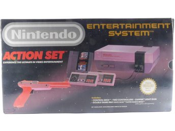 Nintendo 8-Bit Console (NES) Action Set -  - PAL (EU)