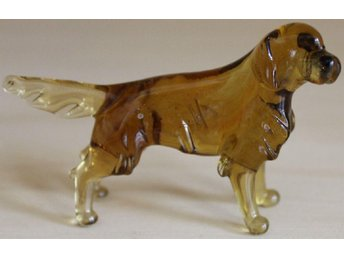 Golden retriever - rysk glasfigur