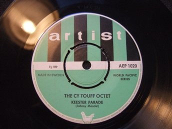 EP - THE CY TOUFF OCTET. Keester Parade/A smooth one. 1956