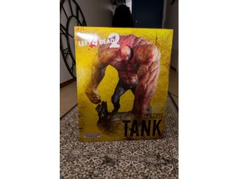 Left 4 Dead 2: Tank Staty (mint condition)