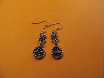 Celtic knut örhängen / Celtic knot earrings
