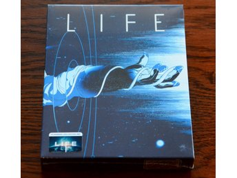 LIFE FullSlip + Lenticular Magnet Steelbook Limited Collector's Edition
