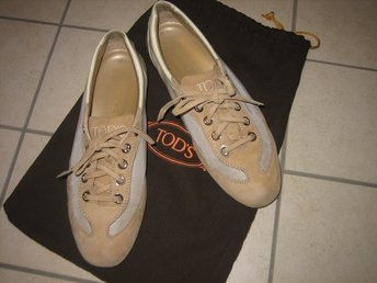 TODS SNEAKERS LOAFERS SKINN KOSTAT 3000 kr LYXFYND! preppy mode trend tod's
