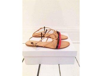 Design skor av Sofie Bly - Sommar sandal i läder. - Höganäs - Design skor av Sofie Bly - Sommar sandal i läder. - Höganäs