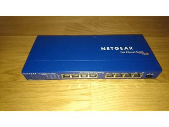 Robust Netgear Switch Fast Ethernet FS108 - 8 portar