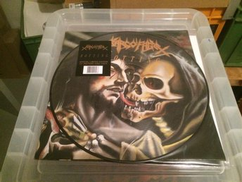 SARCOFAGO.ROTTING.PICT DISC LP. w SHEET. RARE.