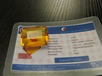 Äkta Yellow Citrine 41,85 ct  emerald cut with Certified