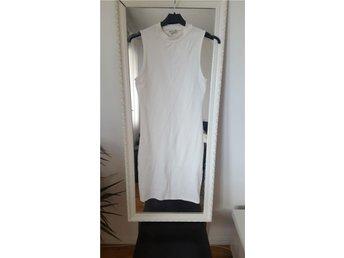 Vit bodycon klänning från gina tricot Small - Arboga - Vit bodycon klänning från gina tricot Small - Arboga