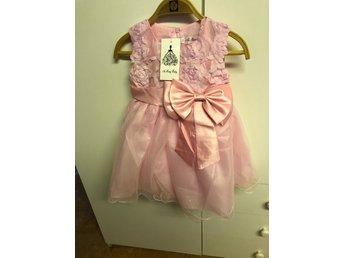 67ba8c25a1cf Klänning/Brudnäbb/ prinsessklänning strl 90 (346240406) ᐈ Köp på ...