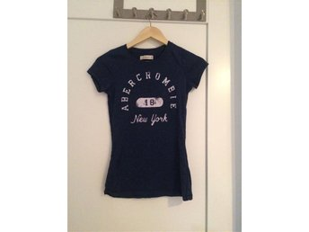 Abercrombie and Fitch t-shirt storlek xs
