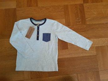 Javascript är inaktiverat. - Hässleholm - Fin långärmad tröja från newbie. Storlek 104. NY! - Hässleholm