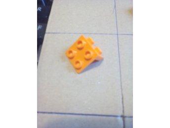 LEGO 2x2 Square Tile Earrings Batgirl