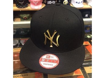 "New Era New York Yankees Snapback Hat BLACK/GOLD BADGE  Retro ""Royalty"" Helt Ny"