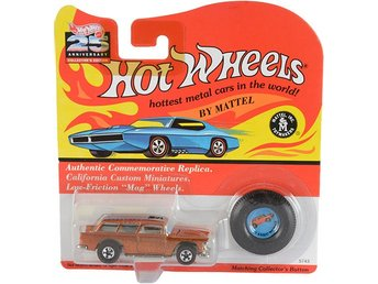 Classic 1955 Chevrolet Nomad Orange Hot Wheels #5743 25th Anniversary Coll