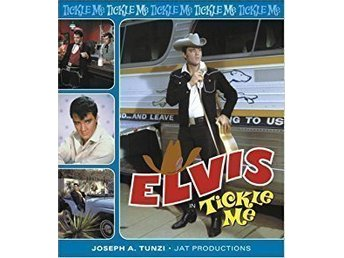 ELVIS PRESLEY   BOK   ELVIS IN TICKLE ME     med CD skiva