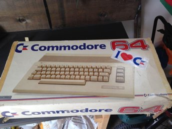 Commodore C64 i orginalförpackning