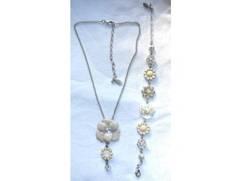 Pilgrim set Flower two Halsband och Armband