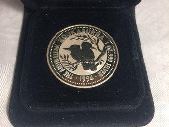 1994 Kookaburra 1 Oz 999 Silvermynt med Perth Mint Förvaringsask - Skutskär - 1994 Kookaburra 1 Oz 999 Silvermynt med Perth Mint Förvaringsask - Skutskär