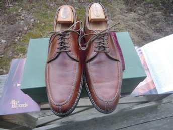 "Allen Edmonds ""Clark Street"" split-toe blucher storlek US 9,5 B"